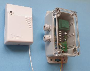 Radiowy transmiter przekaźników
